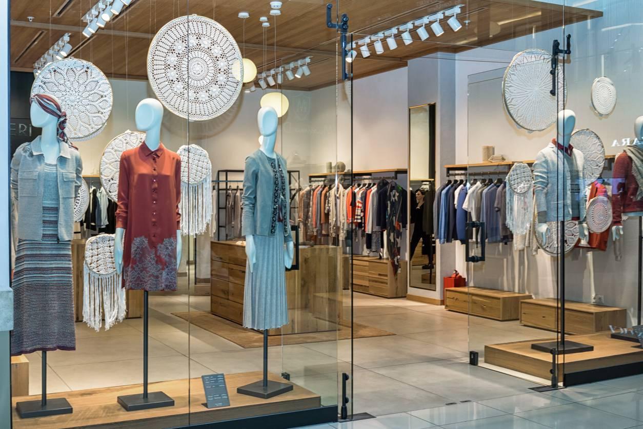 vitrine boutique attractive